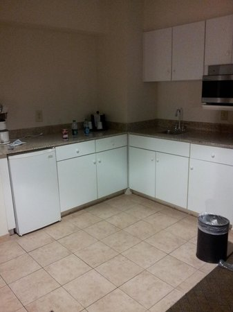 Hampton Inn Asheboro: Kitchenette
