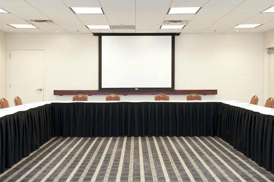 Hampton Inn & Suites Bloomington-Normal: Meeting Space