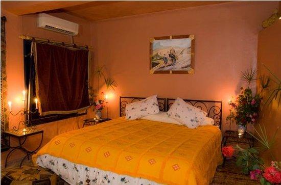 Hotel Bin el Ouidane : chambre