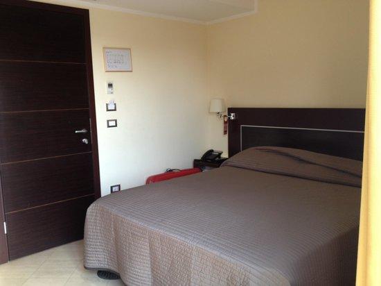 OC Hotel Villa Adriana: Room