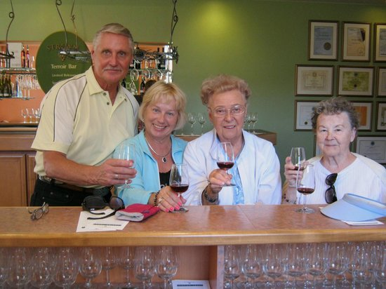 Strewn Winery: Wine tasting at Strewn