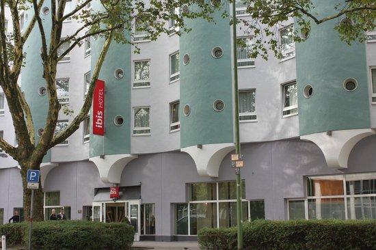 Ibis Essen Hauptbahnhof: facciata