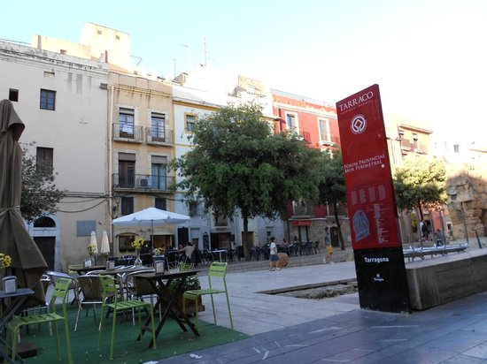 Bar NU-A : Forum Romano Tarraco