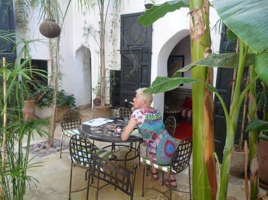 Riad Tibibt: Août 2013. Le patio.