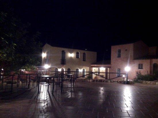 La Corte Rosada : Notturno dal ristorante