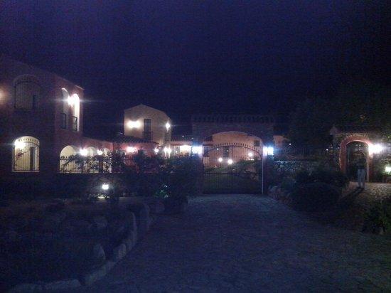 La Corte Rosada : Vista dall'esterno