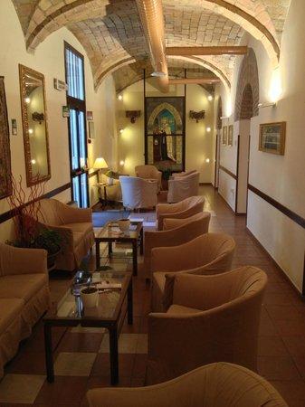Domus Carmelitana : Alcuni luoghi comuni