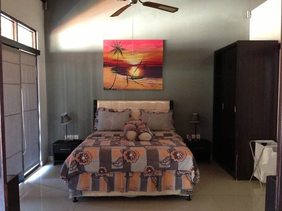 Tropica Exclusive Apartment and Superior Room: Bedroom