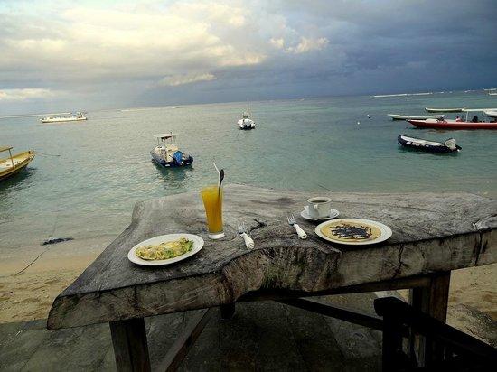 Tarci Bungalow : Imagine this breakfast view!