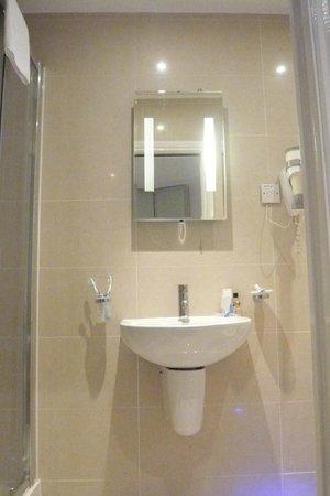 MStay 27 Paddington Hotel: bagno