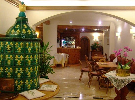 Hotel Pontechiesa: 共有スペースは広いです