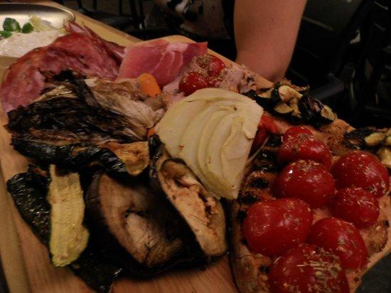 Taverna Gargantua: Il tagliere misto grande!