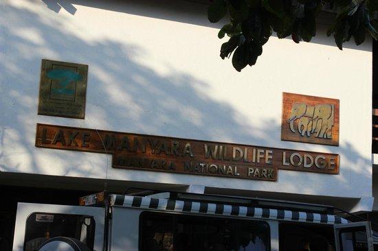 Lake Manyara Wildlife Lodge: Lodge Entrance