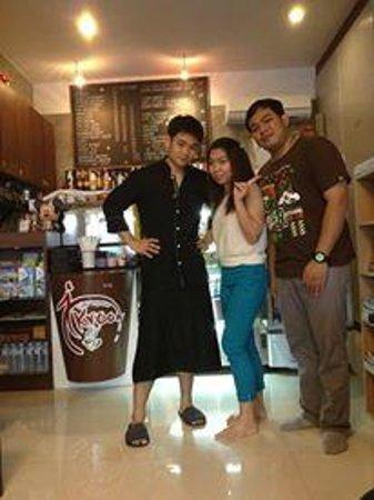 i-Kroon Cafe & Hotel: atmosphere in cafe