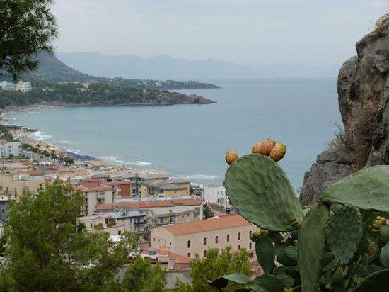 "Astro Suite Hotel : Stunning view across Cefalu ""La Roc"""