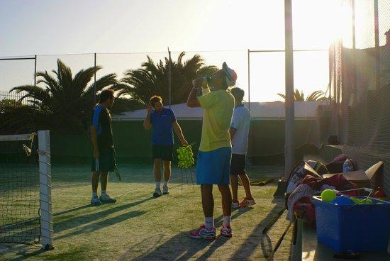 Corralejo Tennis Academy: Group lesson at Las Marismas