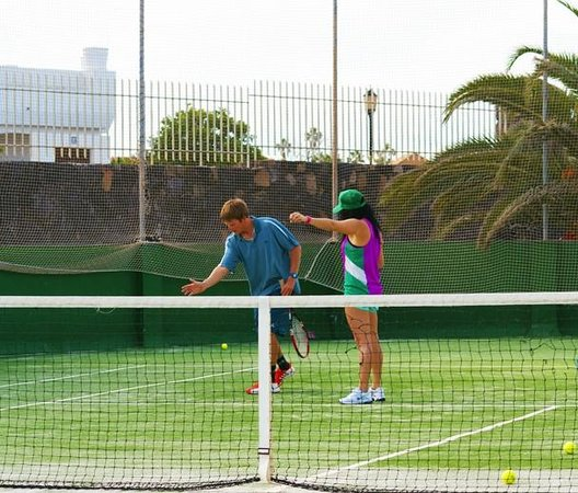 Forehand technique at Corralejo Tennis Academy