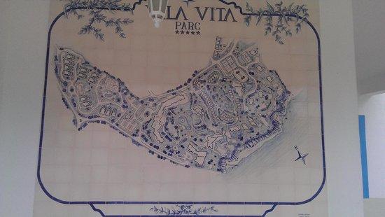 Vila Vita Parc Resort & Spa: Auf Fliesen - Plan der Hotelanlage