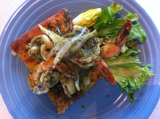 Pascal's at Cape Eleuthera: pesto shrimp on flatbread