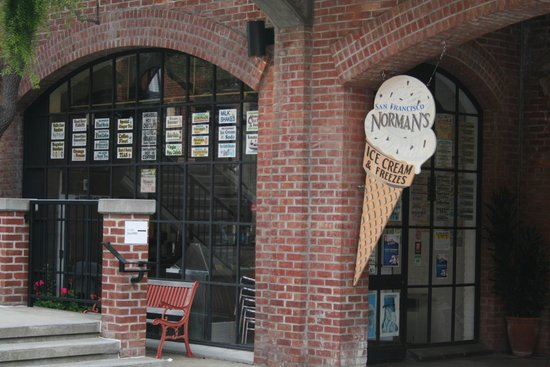 ‪Norman's Ice Cream and Freezes‬