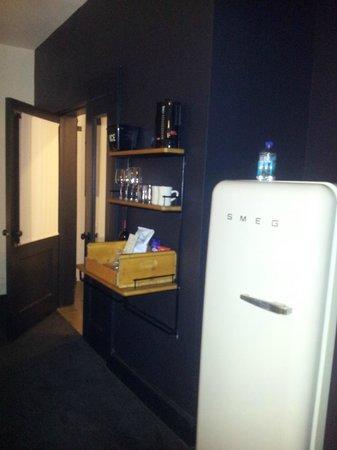 Ace Hotel New York: mini bar