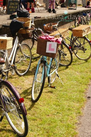 Cycle the City: The Hen's Bike