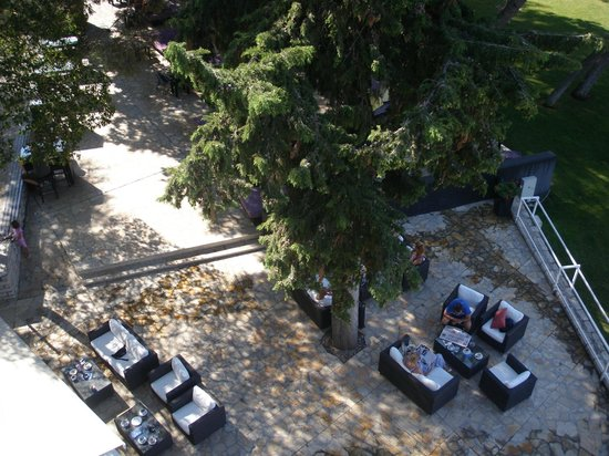 Hotel Ilirija : Lounge bar, view from the balcony
