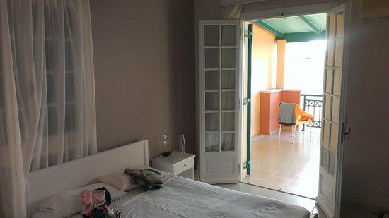 Balcony Hotel: Camera da letto
