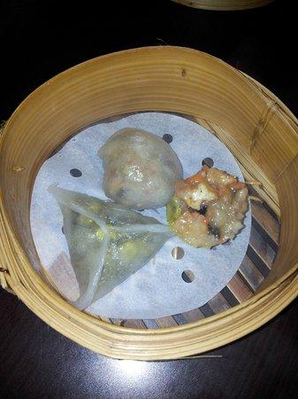 Lingzhi Vegetarian: Steamed dim sum
