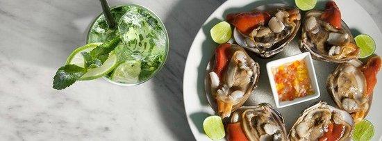 Agua y Sal Cebichería : Almejas Chocolata y Mojito
