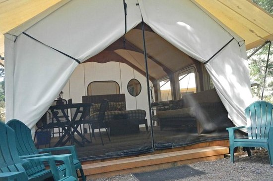 Lakedale Resort at Three Lakes: Looking into the tent cabin