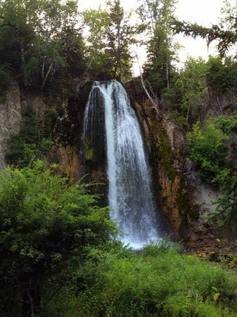 Spearfish Canyon Lodge : easy walk
