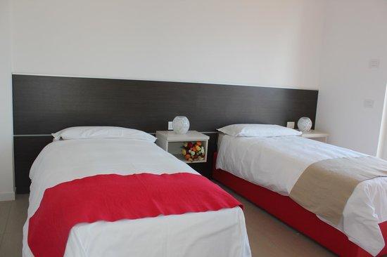 Residence & SPA Villa Paradiso : Twin bed room