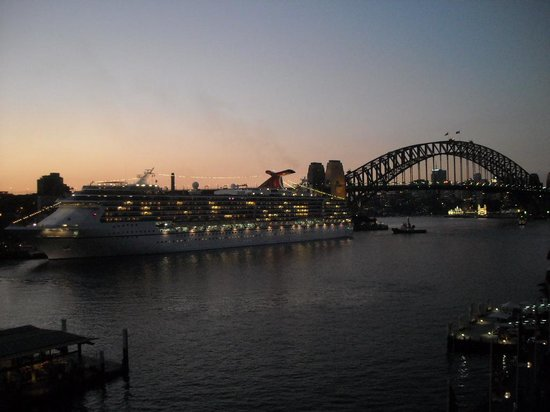 Pullman Quay Grand Sydney Harbour: Harbour view from my hotel room