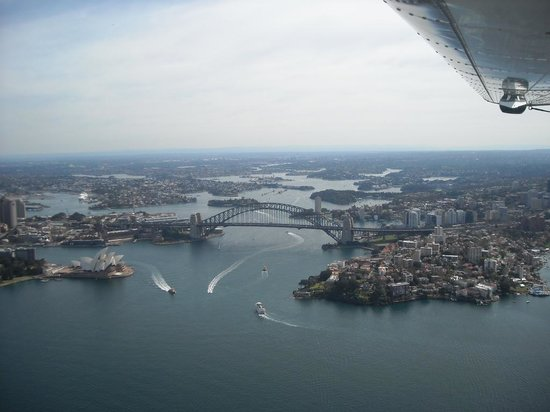 Pullman Quay Grand Sydney Harbour: Iconic view of harbour with hotel to extreme left