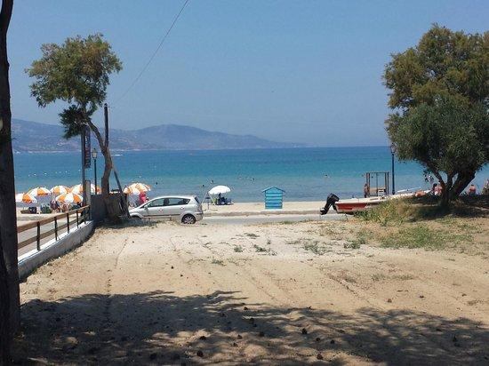 Elpida Hotel: Beach as seen from The Mill Bar.