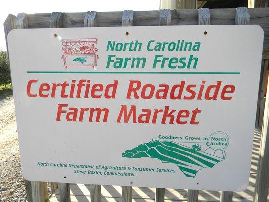 NC Farm Fresh sign at Justus Orchard