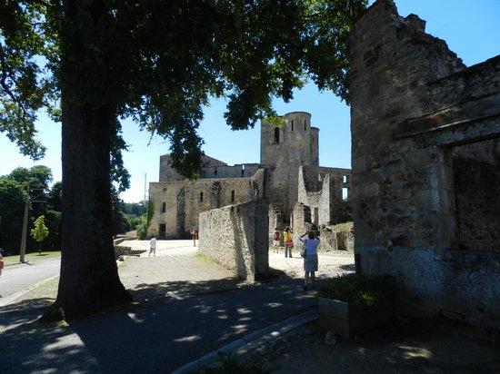 Chambres d'Hotes La Grange de Bronzeau: Oradour sur Glane