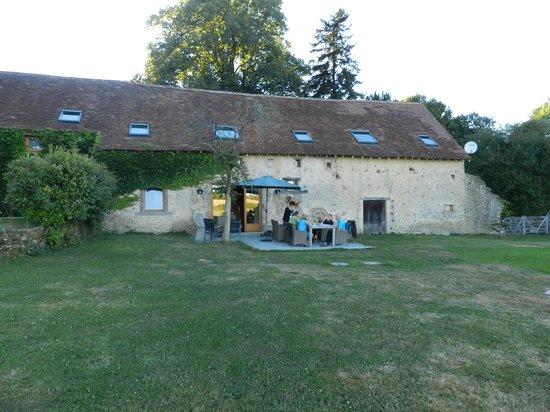 Chambres d'Hotes La Grange de Bronzeau: La grange de Bronzeau... nakaarten