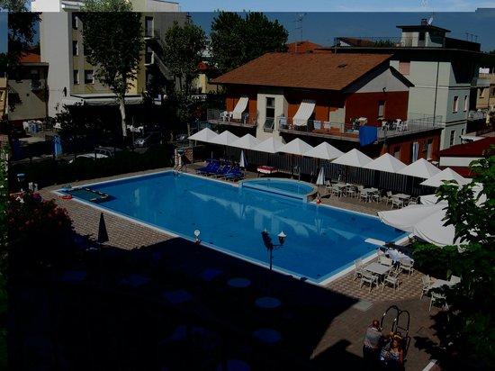 Hotel Sport & Residenza: piscina