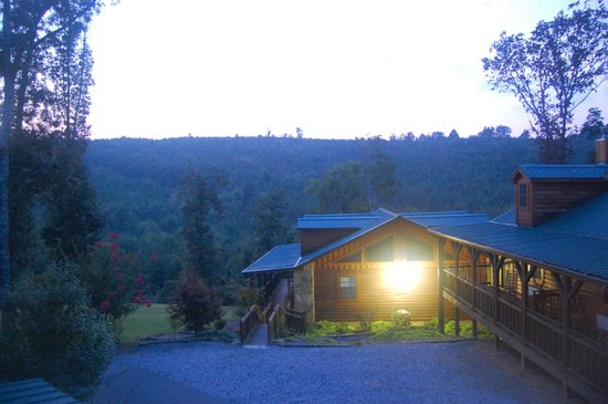 The Lodge At Tellico: View of one of the buildings