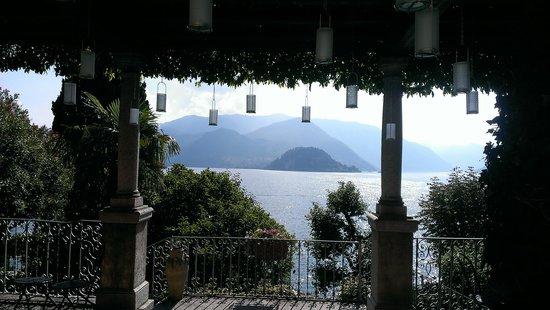 Hotel Villa Cipressi: Beautiful lake view
