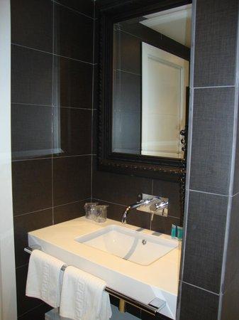 Hotel Spa La Terrassa : baño