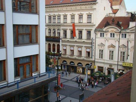 Friday Hotel Prague: Vista da janela do hotel