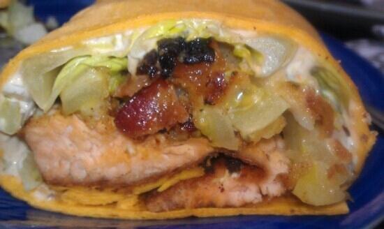 Lost Dog Cafe : blackened salmon blt
