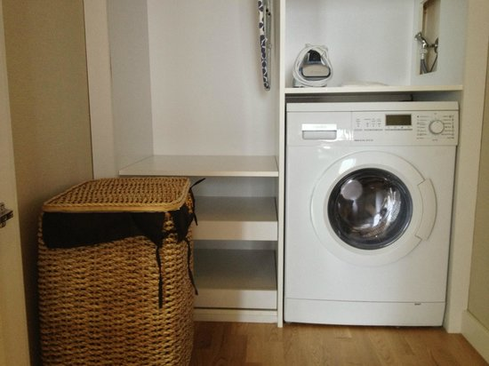 Fraser Place Anthill Istanbul : Washer-Dryer