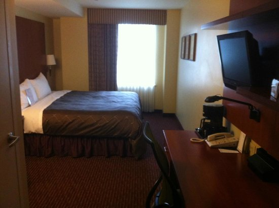 Club Quarters Hotel in Philadelphia: Room