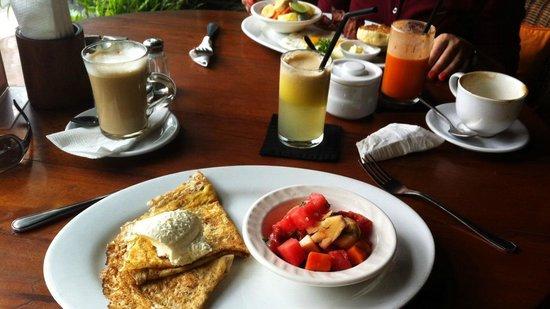Cinta Inn: Breakfast ...