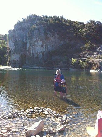 Canoe collias : Cooool water