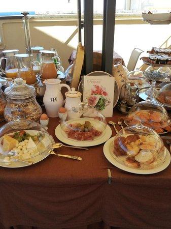 Hotel Palazzo Papaleo: buffet colazione